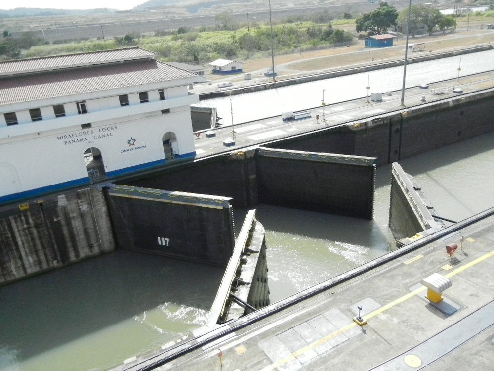 Panama Canal 3_16_0027.JPG