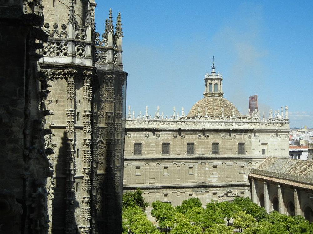 Sevilla Cathedral (18).JPG