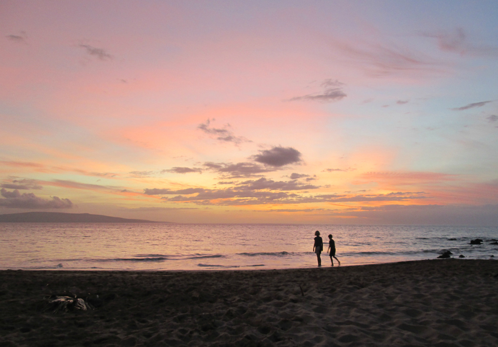 Sunset, Keawakapu Beach, Maui - kind of wishing I was there right now