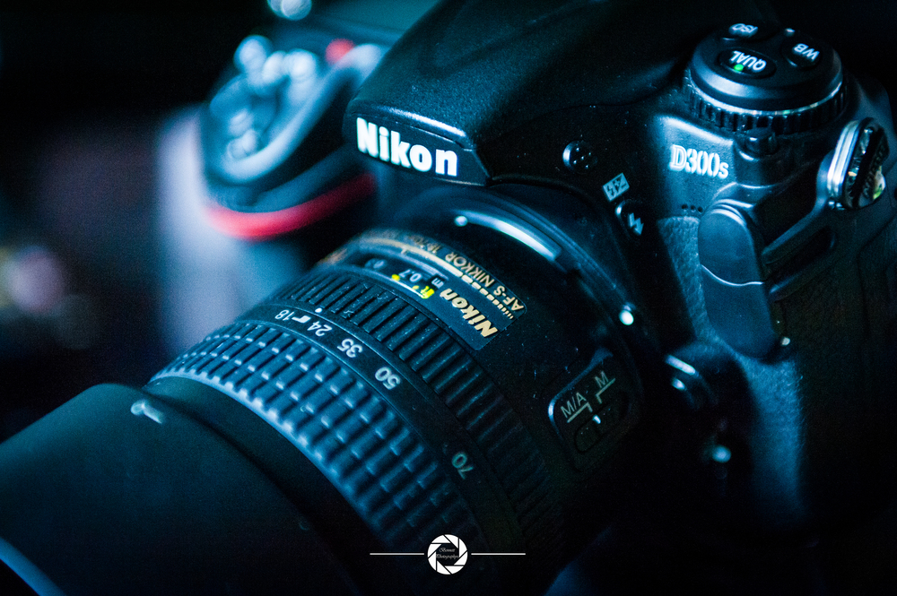 Nikon D300s w/ Nikkor 18-70mm F3.5-4.5 ED IF DX