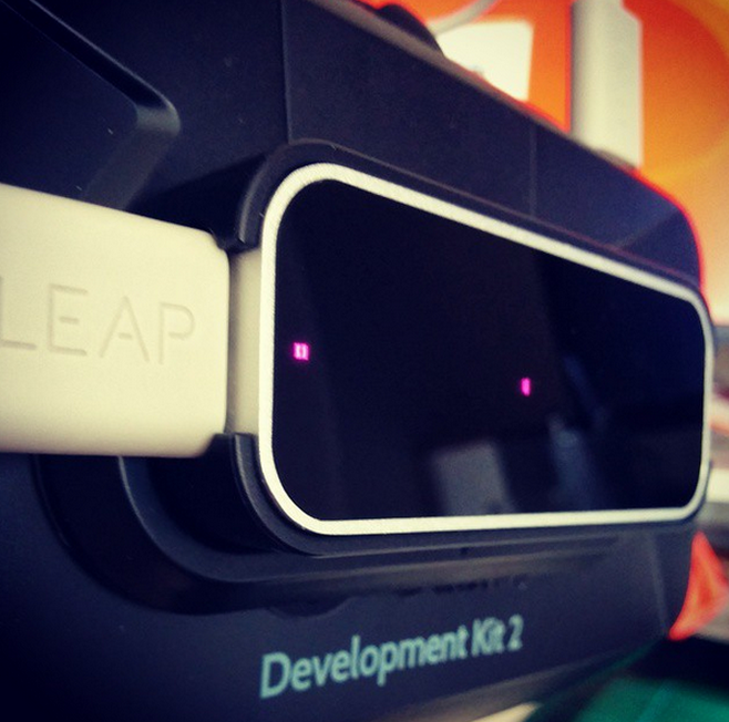 LeapMotion_Oculus_Mount