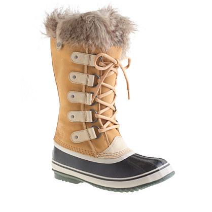 I'm curious to know how heavy these are, they definitely would keep you warm!