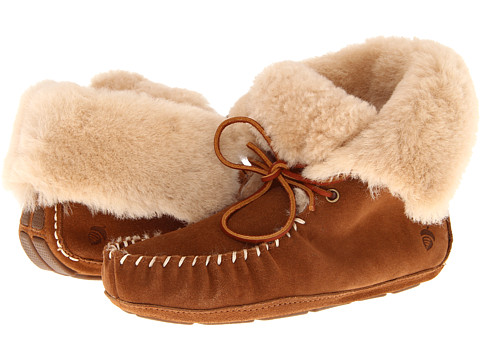 I have never heard of the brand Acorn, but these look super cozy. I probably wouldn't wear these around town, but they look like they would keep my feet warm, which is all that matters.