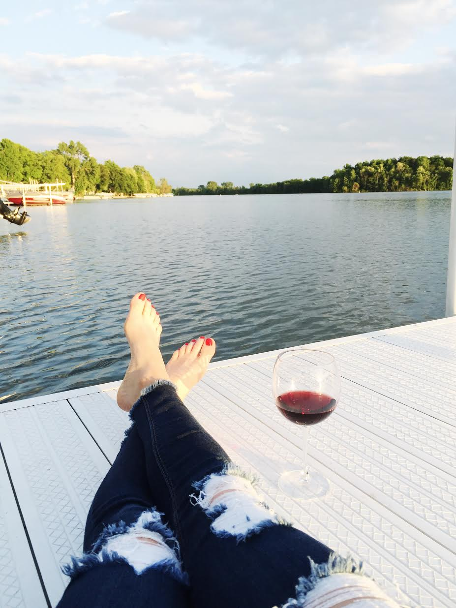 Nothing better than watching the sunset than in my most comfortable jeans(similar here) and a glass of pinot!