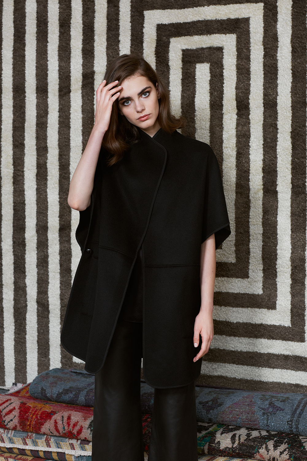 Renzo cashmere cape, Venturi leather trousers