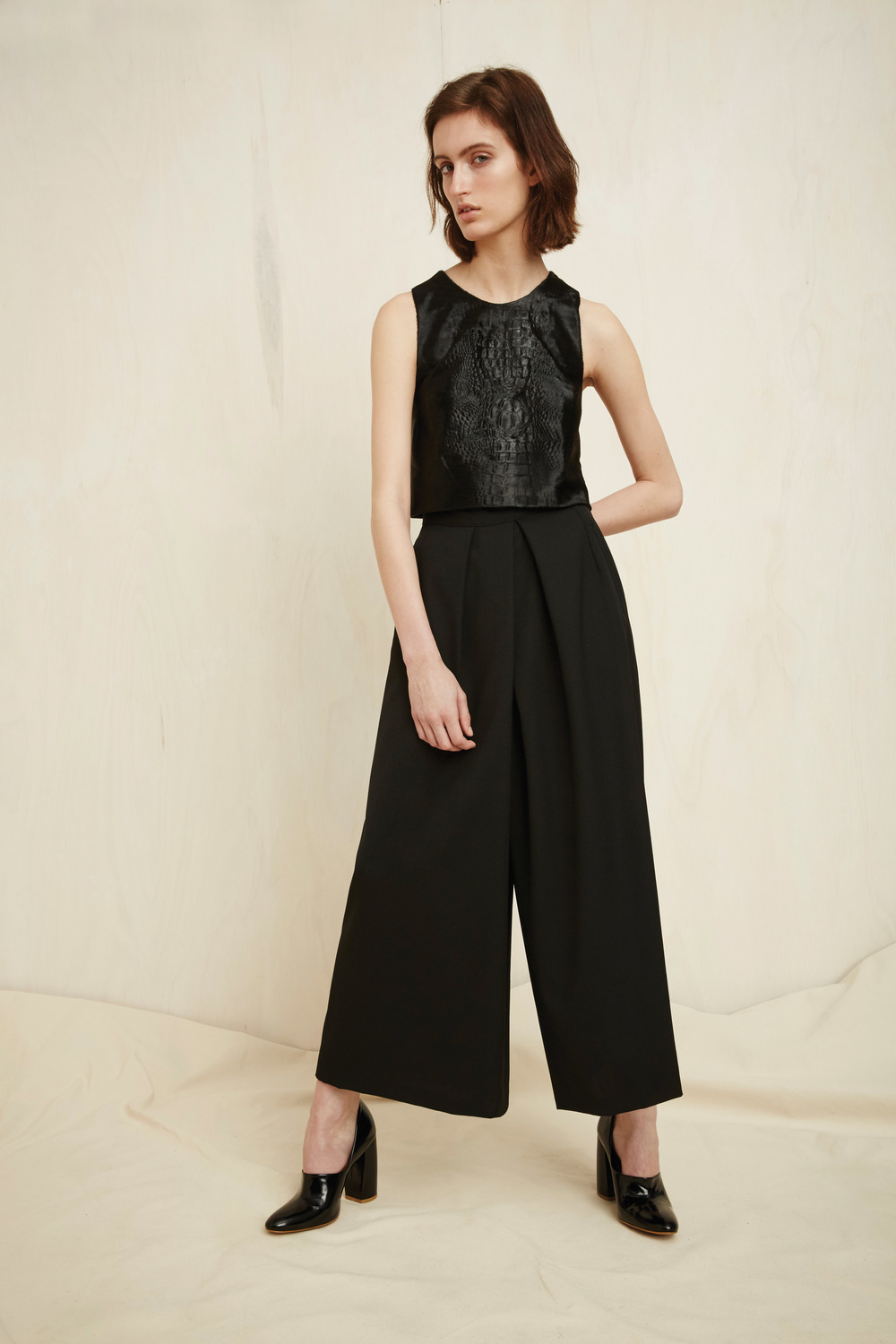 Becket top, Rokko cropped pants
