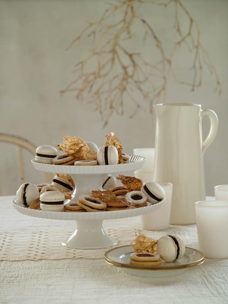 white story macarons.jpg