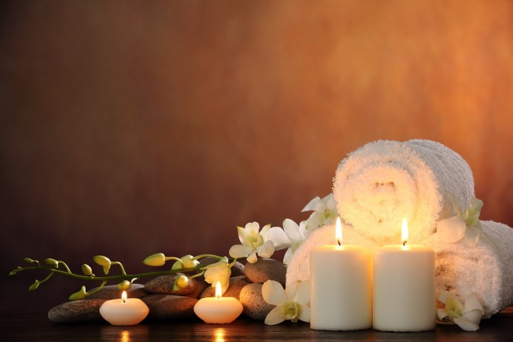 wellness-candles-stones-flowers-spa2-750x500.jpg