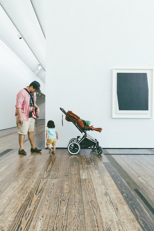 Sebastian's stroller is made by Cybex.
