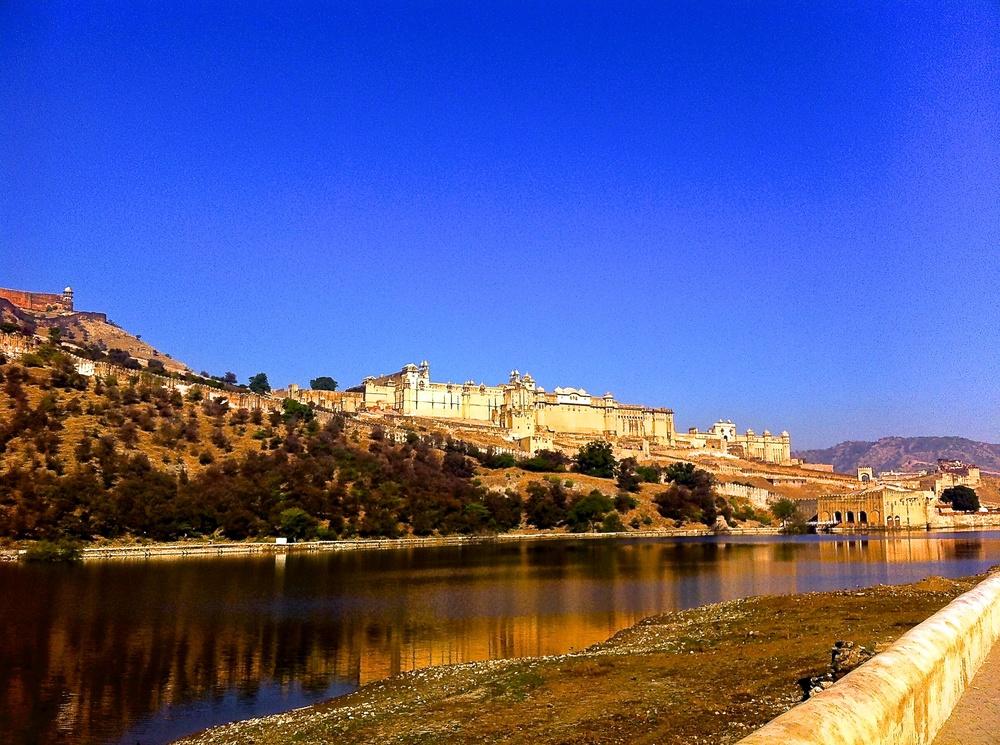 Maota Lake mirroring Amber Fort,Jaipur, Rajasthan, India