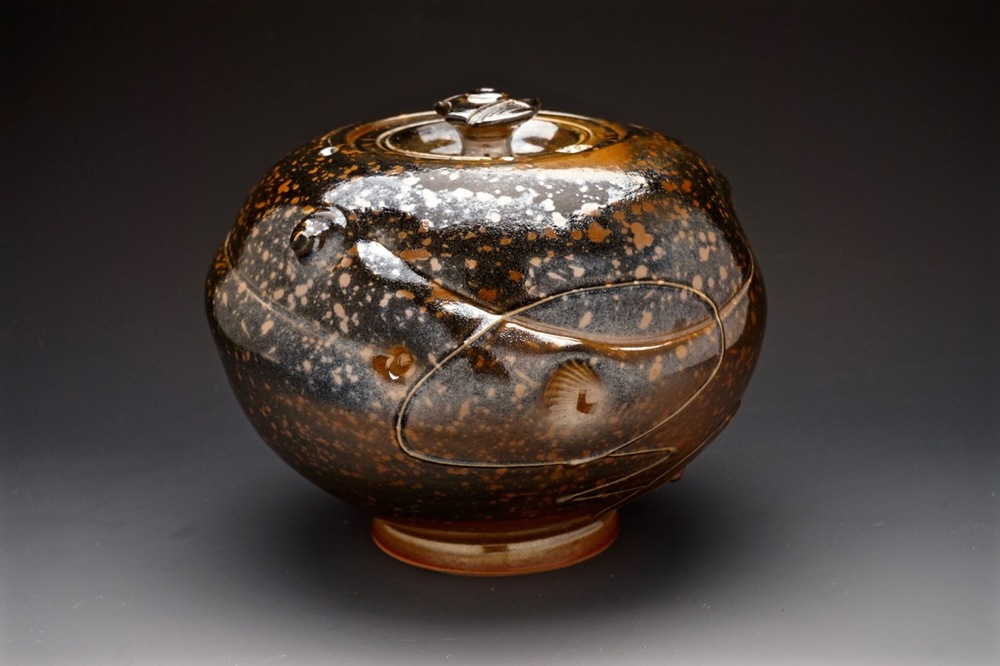 Tom Coleman, Spotted Pig Fossil Jar, porcelain ceramic vessel, functional, pottery, Sherrie Gallerie