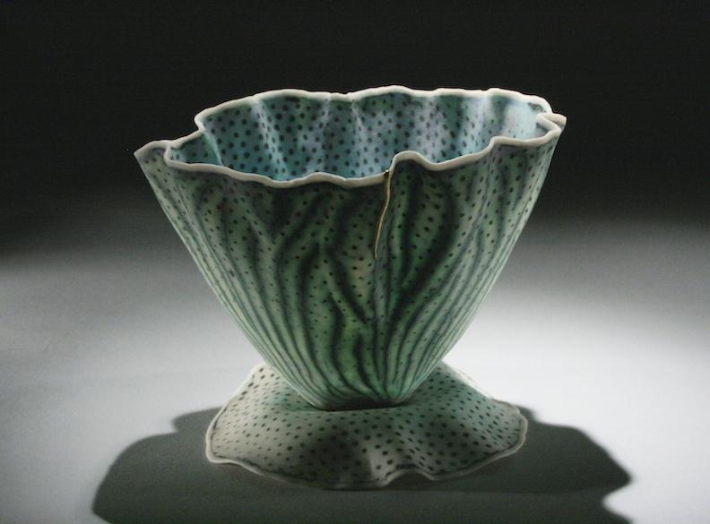 Curtis Benzle, Floral 9, porcelain ceramic vessel,Sherrie Gallerie
