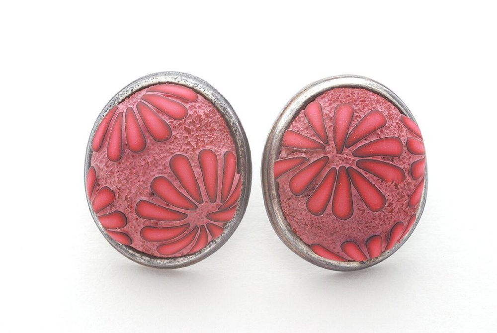 Ford Forlano, Button Earrings, polymer clay, art jewelry, pink, silver, Sherrie Gallerie