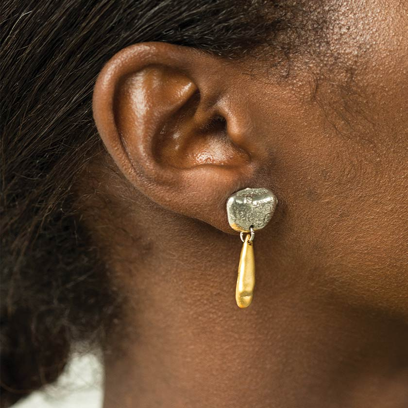 AnneMarieChagnon_2019_BouclesOreilles-Earrings_Nelson.jpg