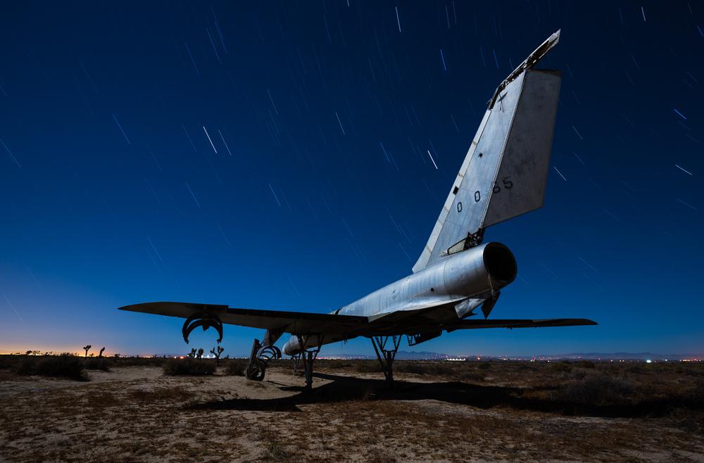 Desert bomber - rear 3/4 view