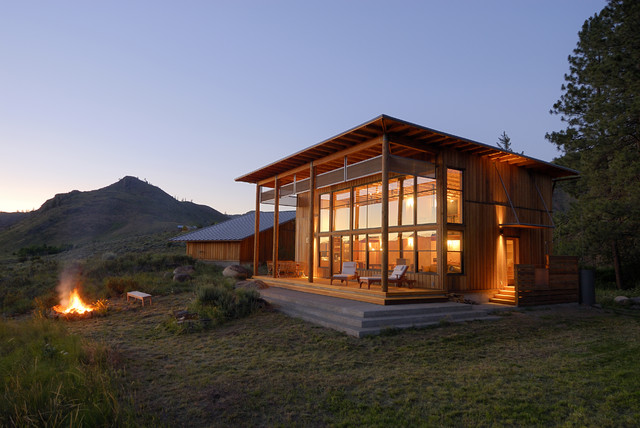 Fashion week Cabin contemporary for woman