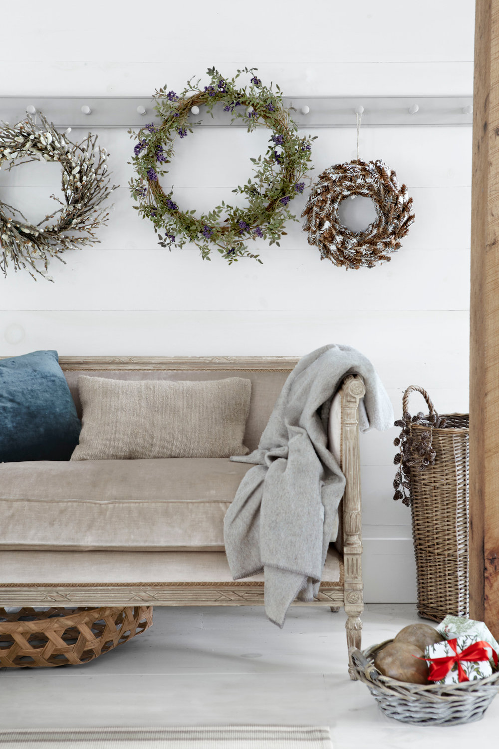 Christmas cabin wreath on wall.jpg