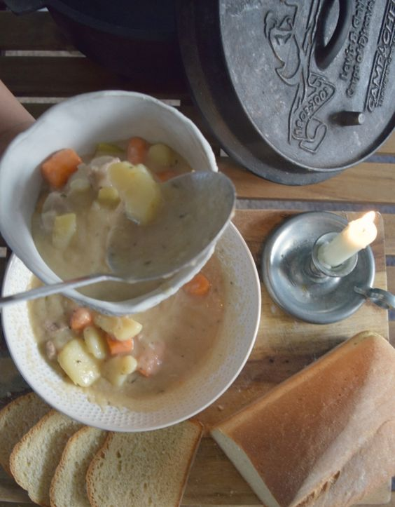 Hearty Stew and bread