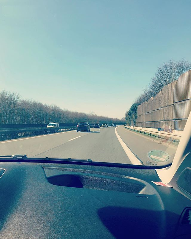 On our way to Holland! 🍷🇳🇱🧀 #tour #releasetour #holland #ontheroad #autobahn