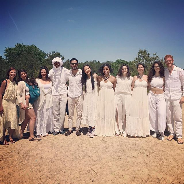Last year on this day I was at @alexgabler and @mrainoldi 's wedding in #italy and it was a beautiful reunion with friends I hadn't seen in a while, since graduating @berkleecollege in 2013. This year on this same day, we made a stunning video and recorded audio for @earthsinger_ayumiueda 's visionary project #100voices1heart and it was yet another REUNION. Which I now believe is a sign that June 3 should always be one of reconnecting with loved ones from the past. Or just having a #berkleealumnihang. Either way, heading back to New York with a happy, child like open spirit, and so much gratitude. I miss music school and Boston life, but it got to me the point I'm at right now, and I cannot imagine being anywhere else but here. #musicianlife #staytuned #sept21 #comingsoon
