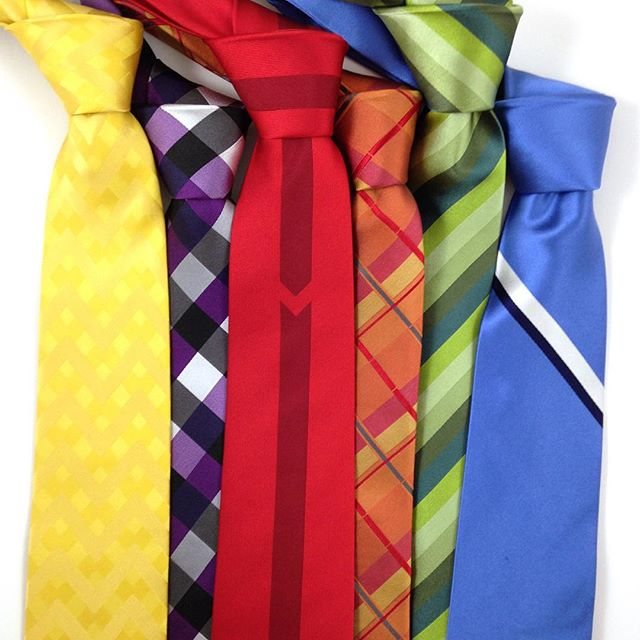 The 6 greatest #gifts this #Christmas are right here!  Order today: #Save 50% on all neckties and get a #FREE upgrade to Priority shipping to ensure delivery by Christmas. Don't miss this deal! Only at www.vetaties.com