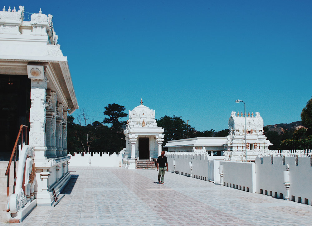 malibu hindu temple-cj johnson-world traveler