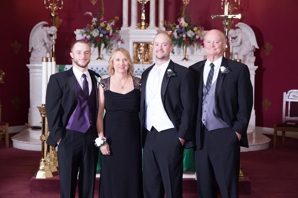 LeintzWedding_ChurchFormals-10.jpg