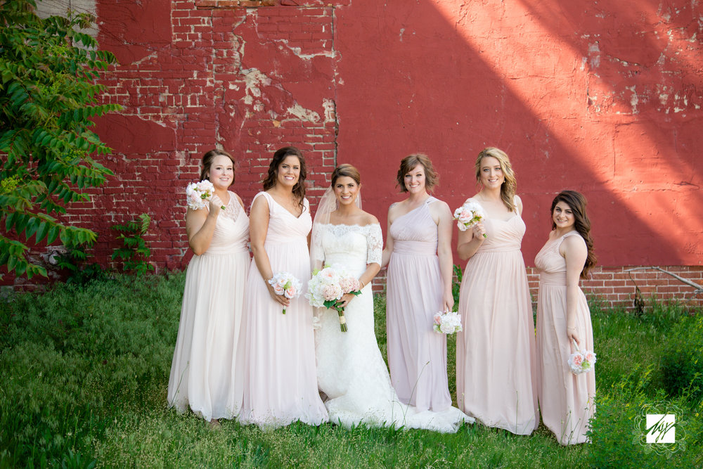 Hallacy_WeddingParty-23.jpg