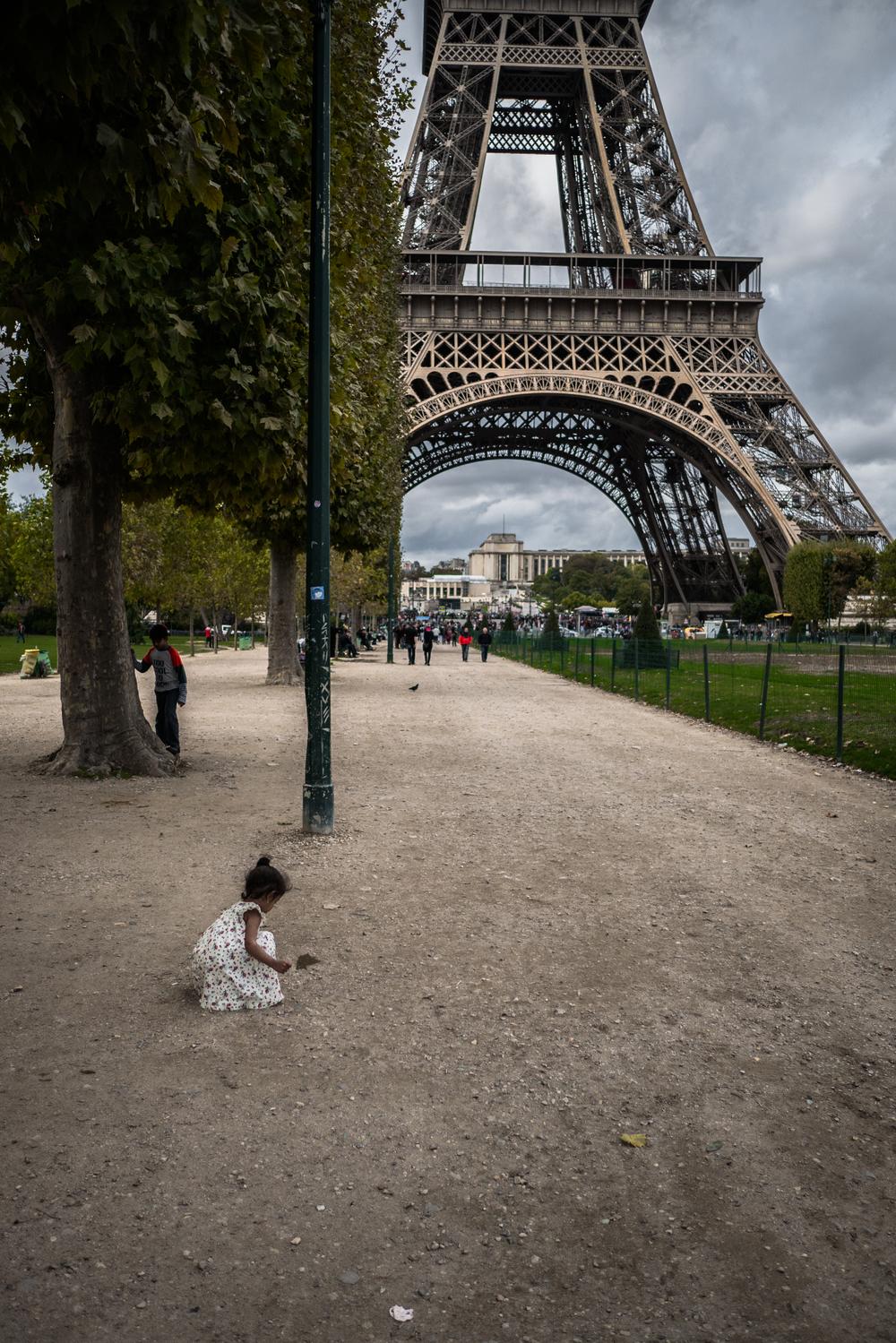 Playing around the Eiffel.