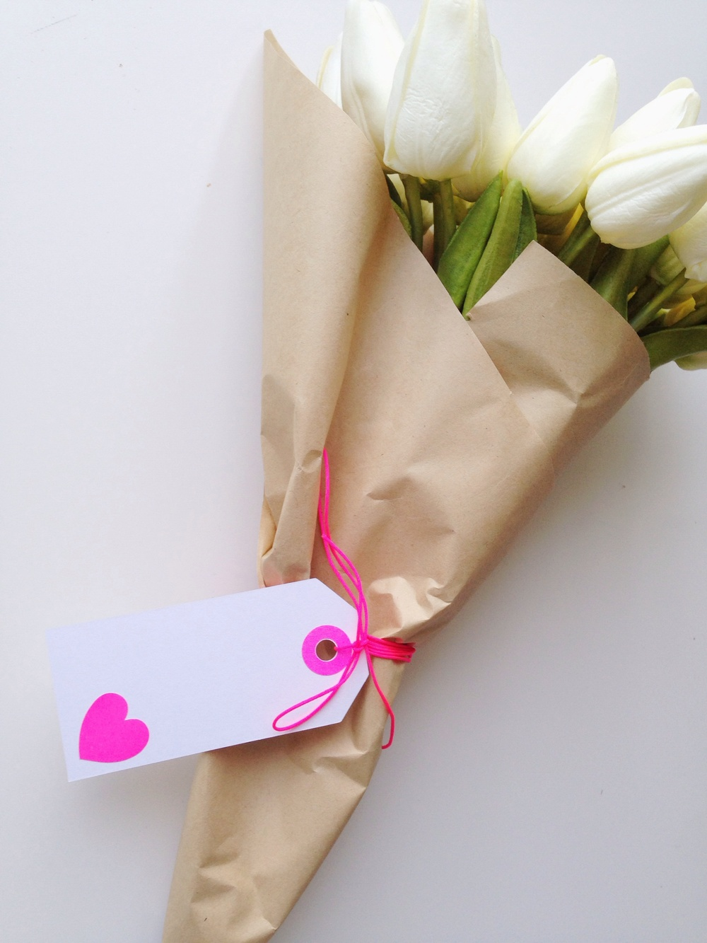 How To Wrap Flowers Like A Florist The Little Design Corner