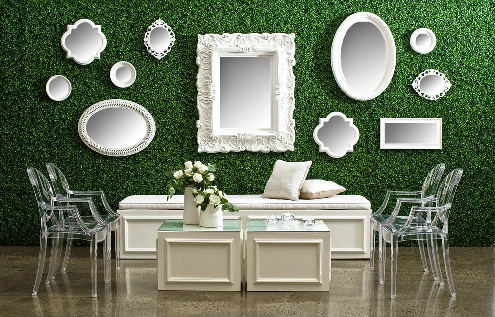 Photo by PhotoOps Hawaii, featuring our  Louis Ghost Chairs  and  Boxwood Backdrop .