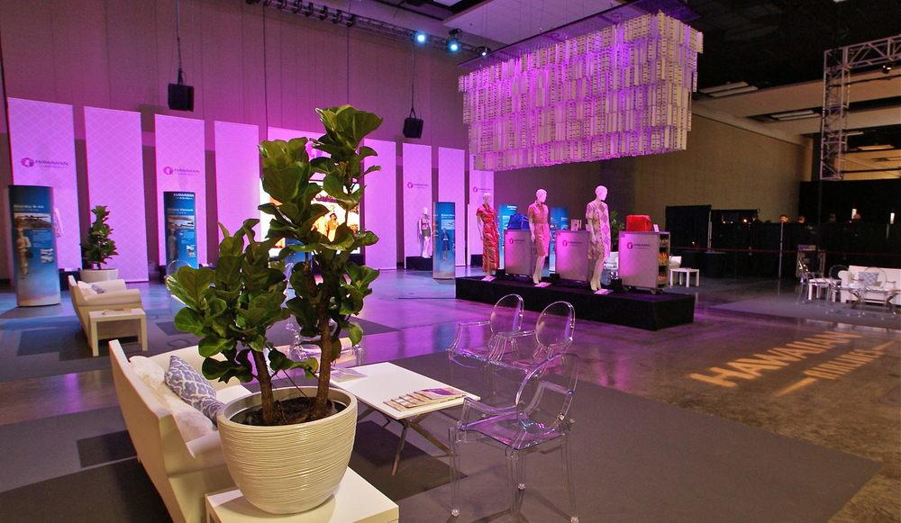 Curate-HFW-2014-Hawaiian-Airlines-Fashion-Lounge-Angle.jpeg
