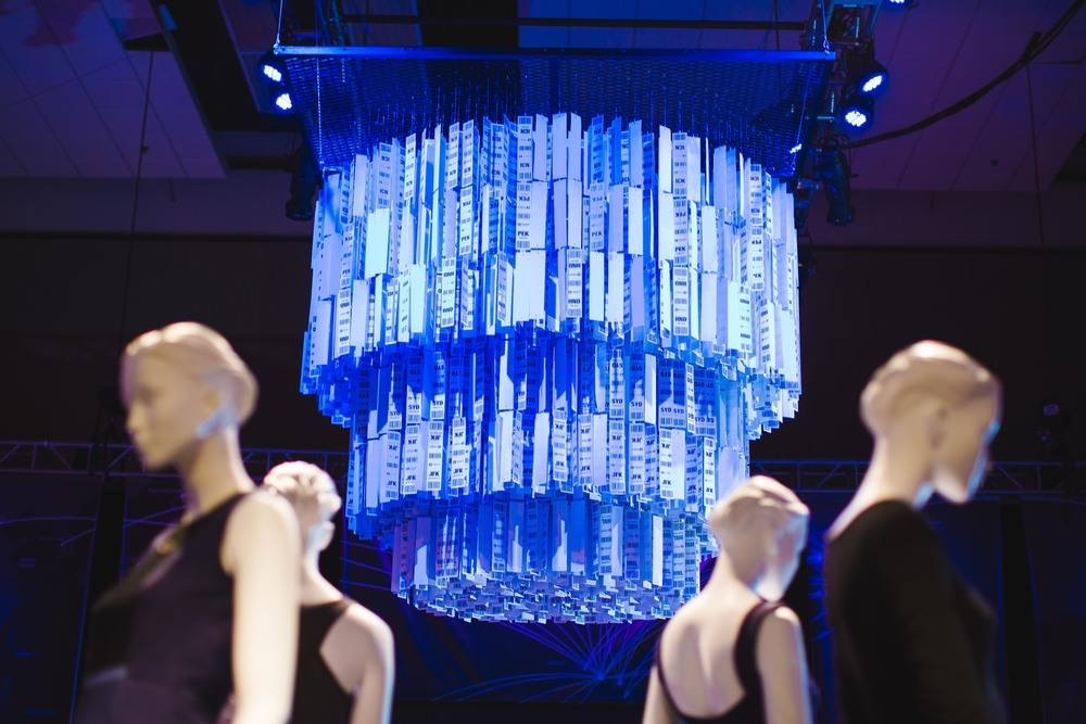 CURATE-hfw-2015-hawaiian-airlines-hub-chandelier.jpg