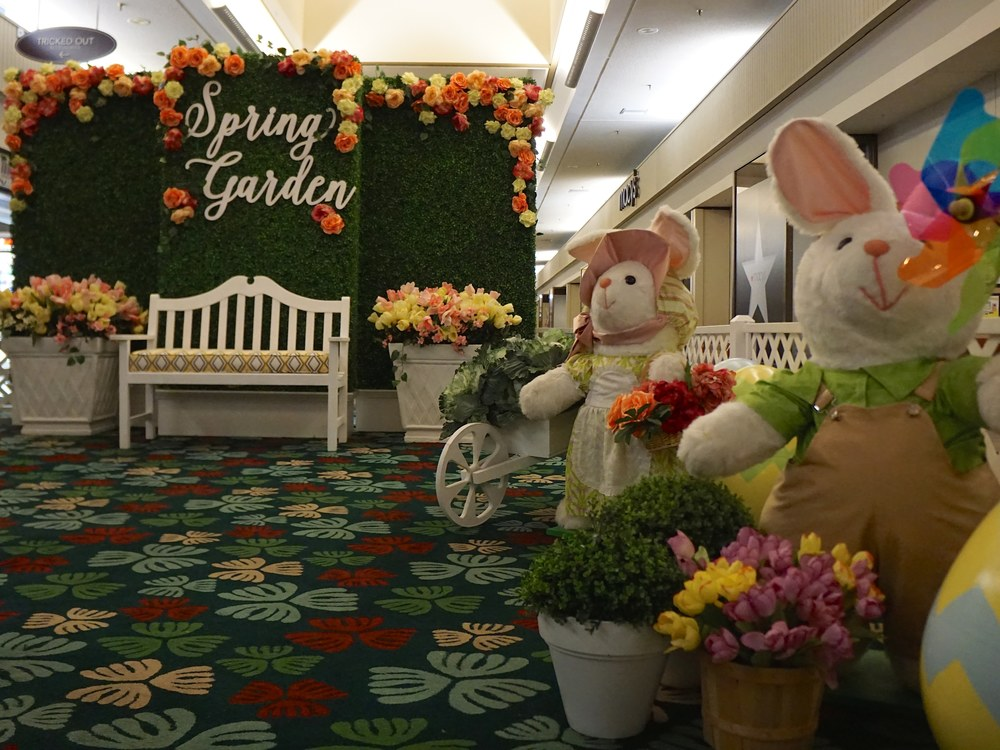 Curate-Kahala-Mall-Spring-Garden-Angle-2.JPG
