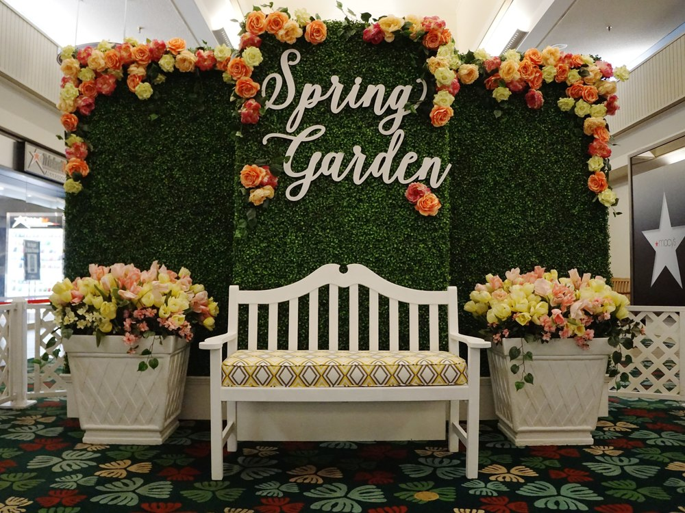 Curate-Kahala-Mall-Spring-Garden-Backdrop.JPG