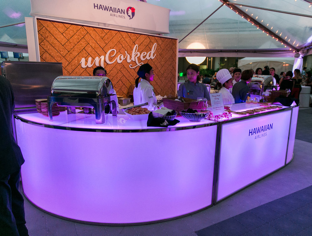 Curate-HFWF-Uncorked-Curve-Bar-Illuminated.jpg