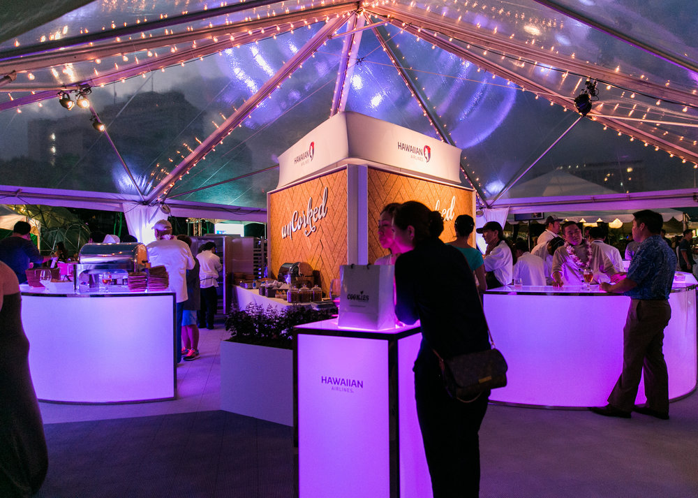 Curate-HFWF-Uncorked-Evening-Bars-Illuminated.jpg
