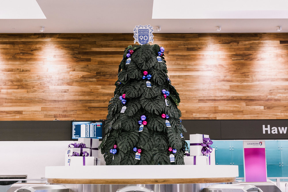 Curate-HA-Holiday-Tree-Center-Closeup.jpg