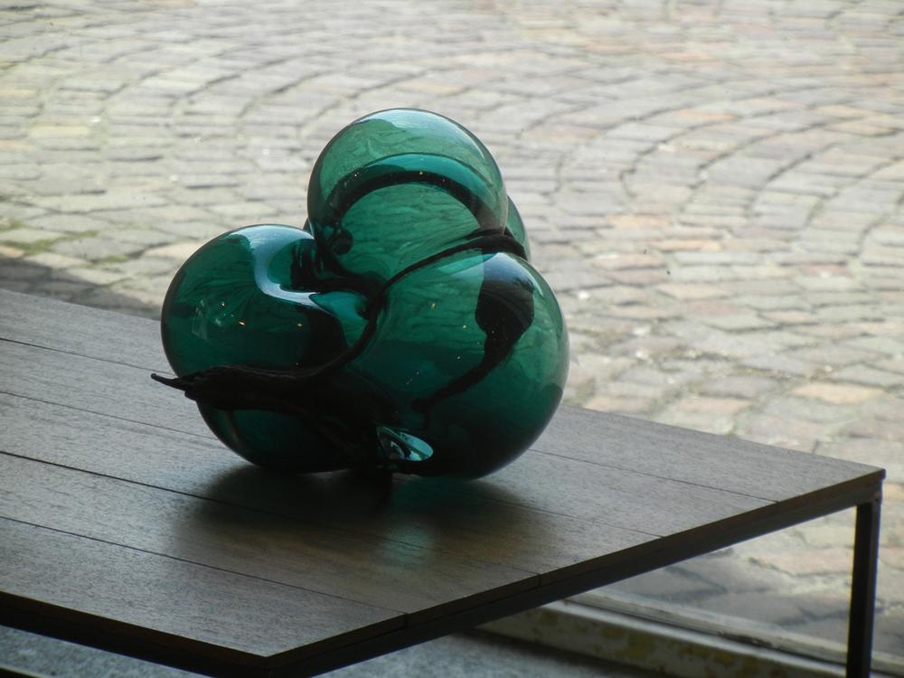 S#7 - Vetro soffiato e bronzo - 37x70x50cm -courtesy MAC (Lissone)