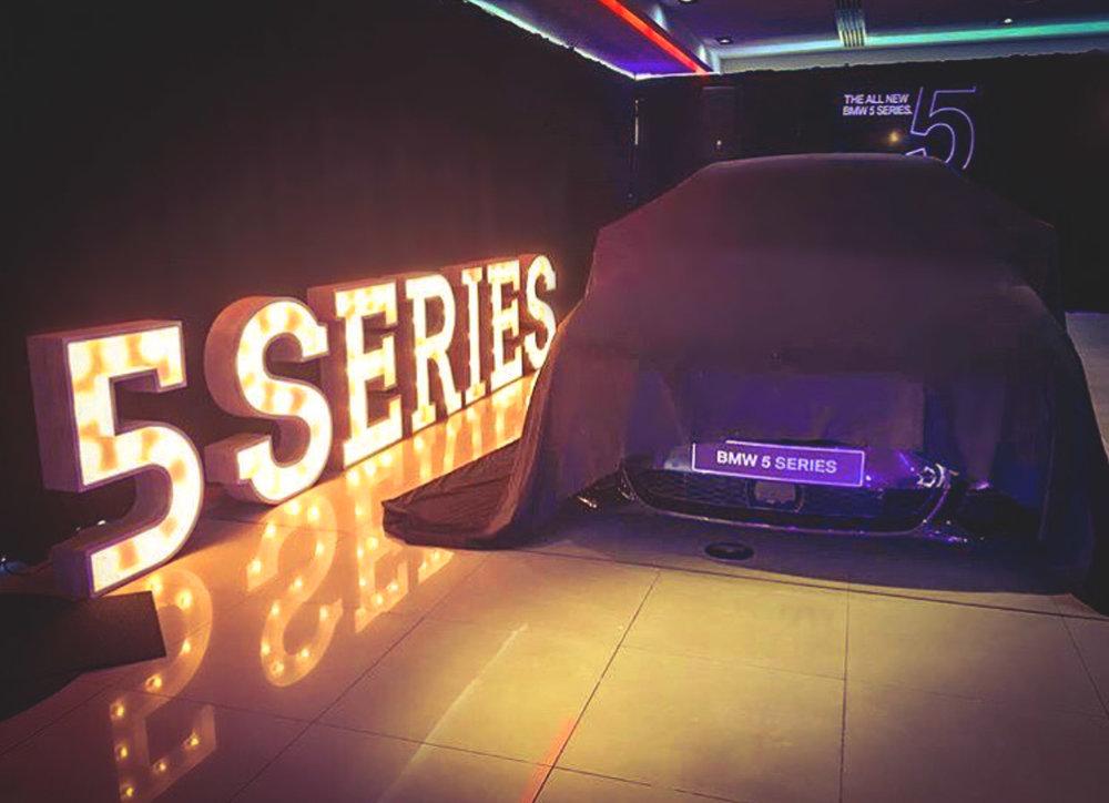 LightUpLetters-BMW.jpg