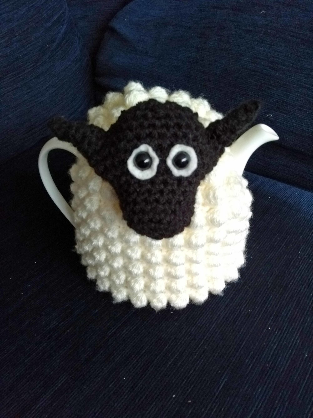 sheep tea cosy jan 2018