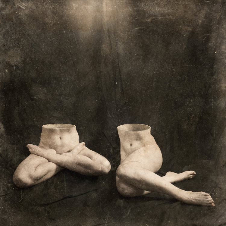 [2005] Erica, Legs