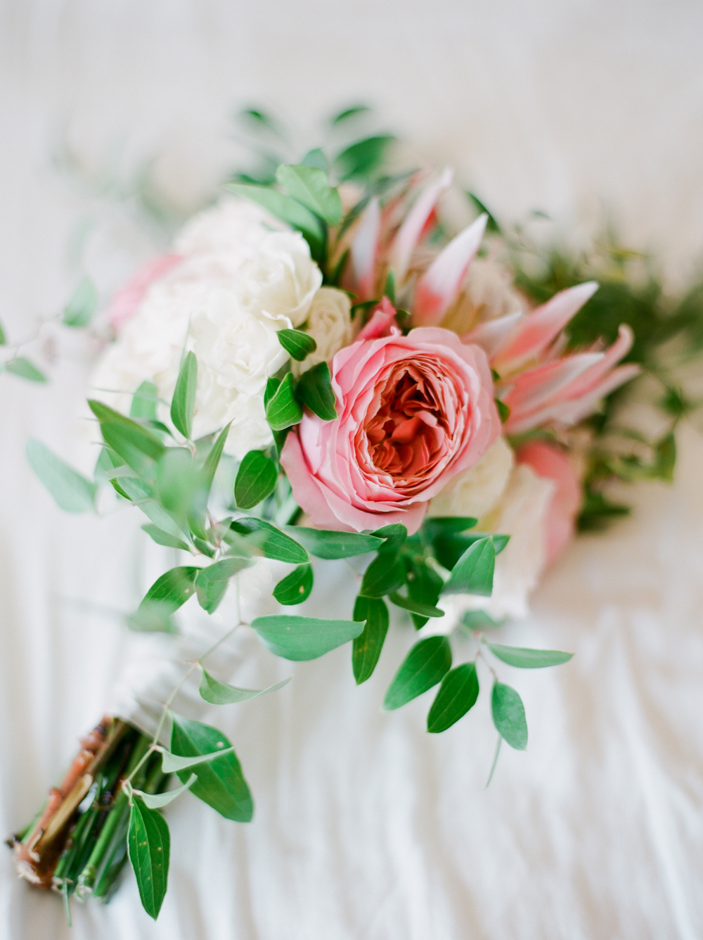 garden rose wedding bouquet | Kaylie B. Poplin Photography | 30a fine art wedding photographer