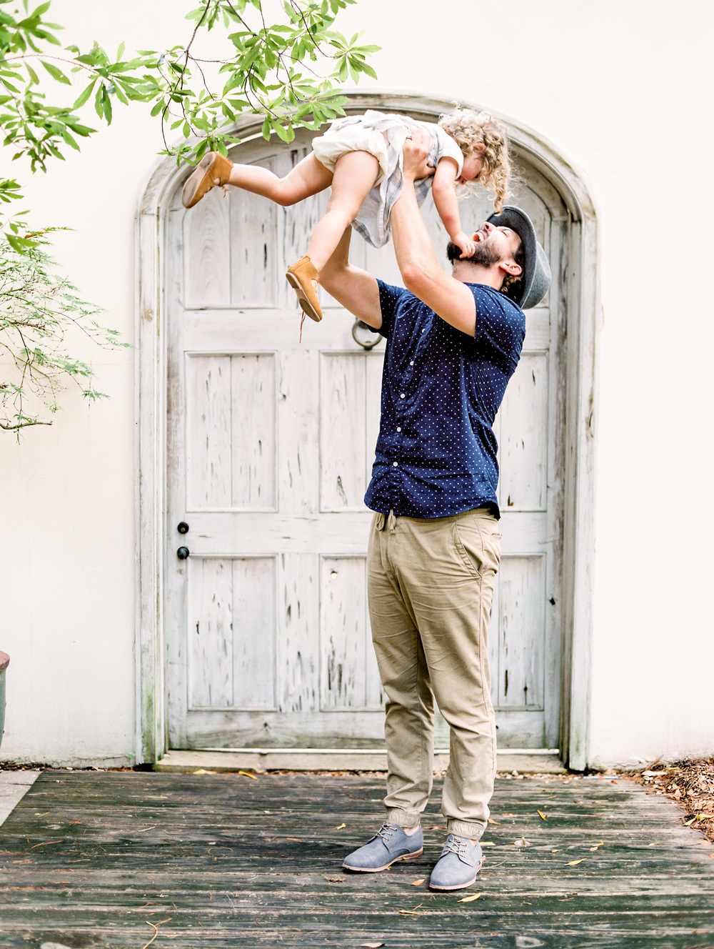 Daddy and daughter picture | Kaylie B. Poplin Photography | Rosemary Beach, Florida