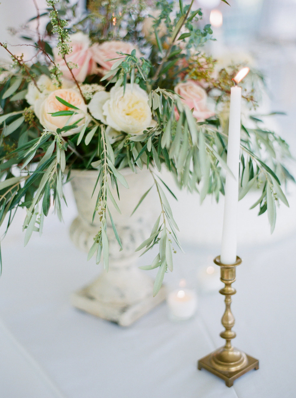 Wedding Flower Centerpiece | Fine Art Crestview Florida Wedding | Jennifer Blair Photography