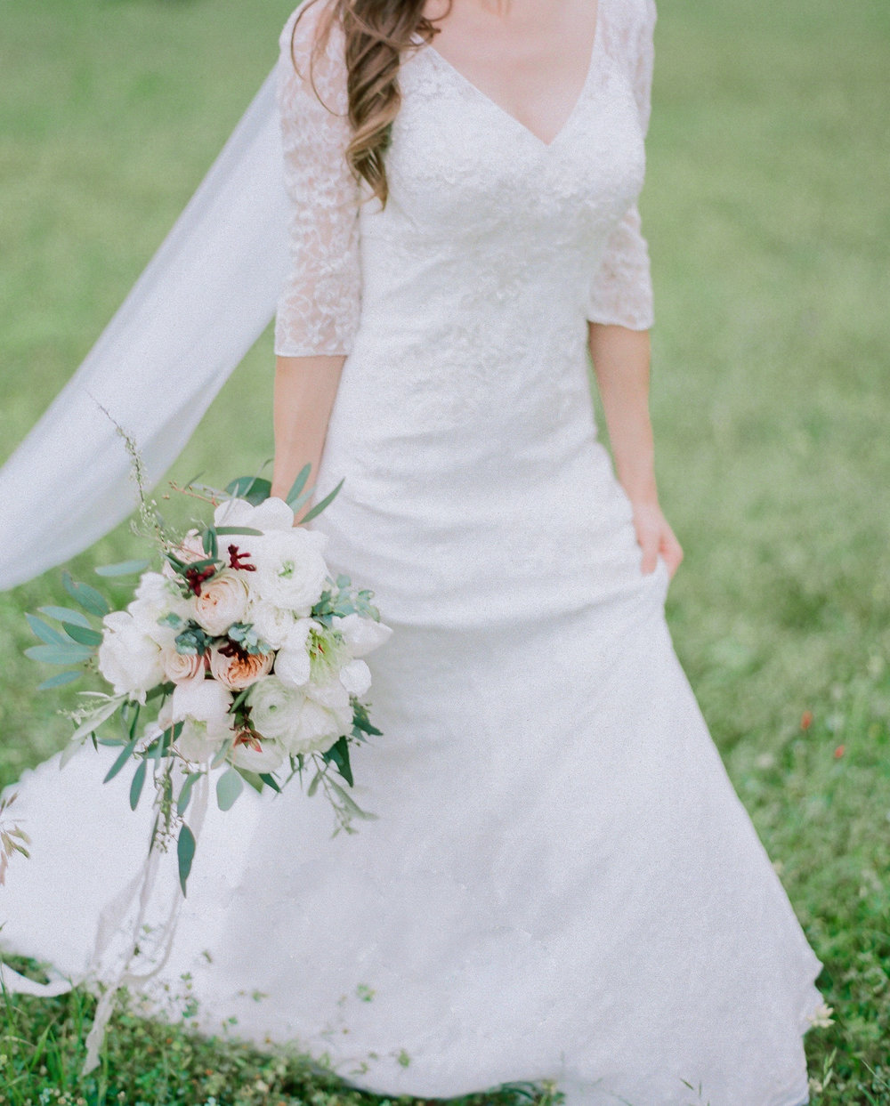Ethereal Wedding Veil | Fine Art Crestview Florida Wedding | Jennifer Blair Photography