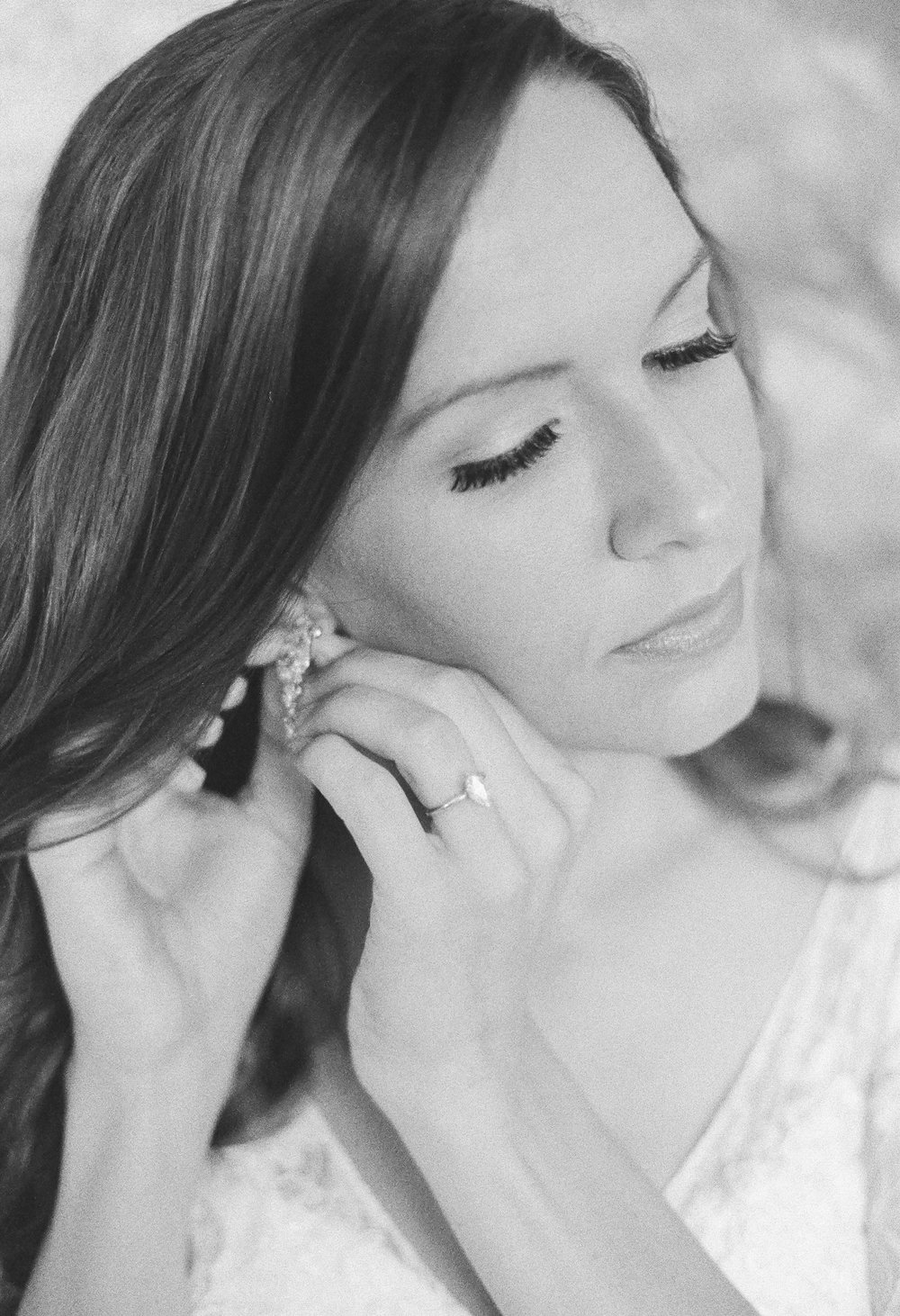 drop wedding earrings | Intimate Florida Wedding | Jennifer Blair Photography