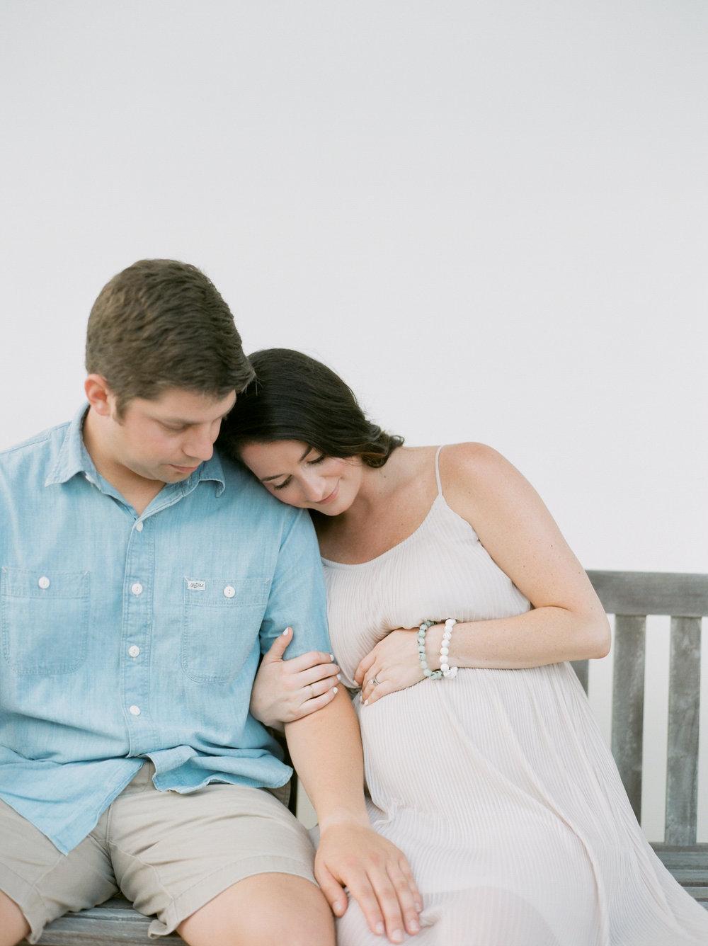 victoria austin designs neautral maternity kaylie b poplin photography