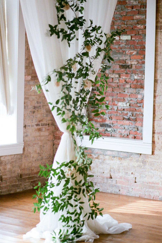 petaler-co-florist-kayliebpoplinphotography