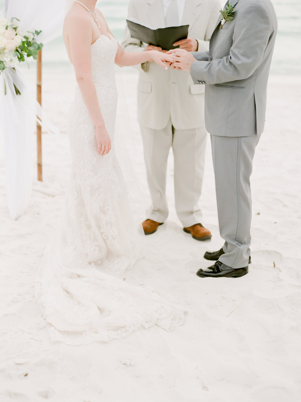 alysbeach-wedding-kayliebpoplinphotography